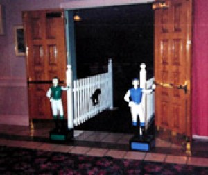 cinema horse - entranceway with Jockeys - fixed web